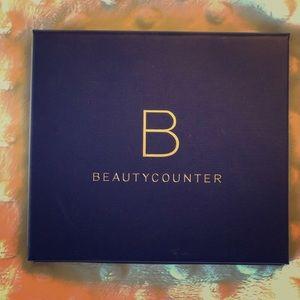 Beautycounter eyeshadow palette